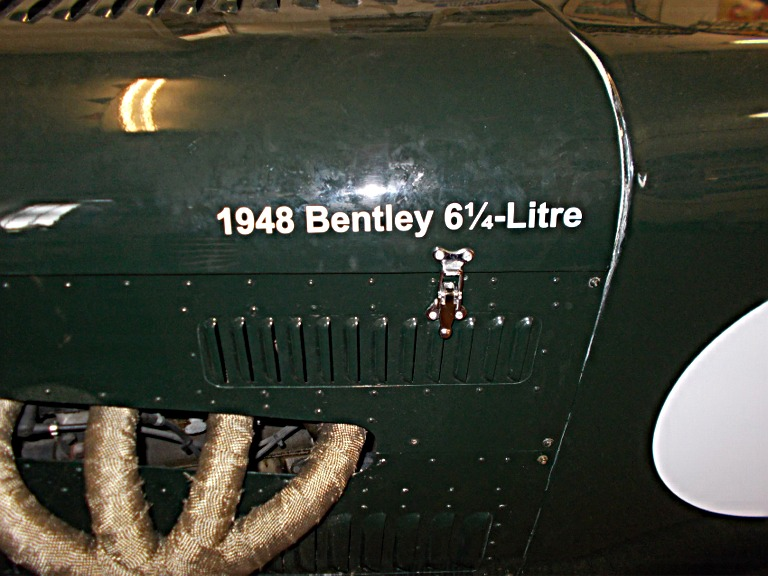 bentley-v8-109