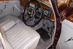 rover burgundy 4