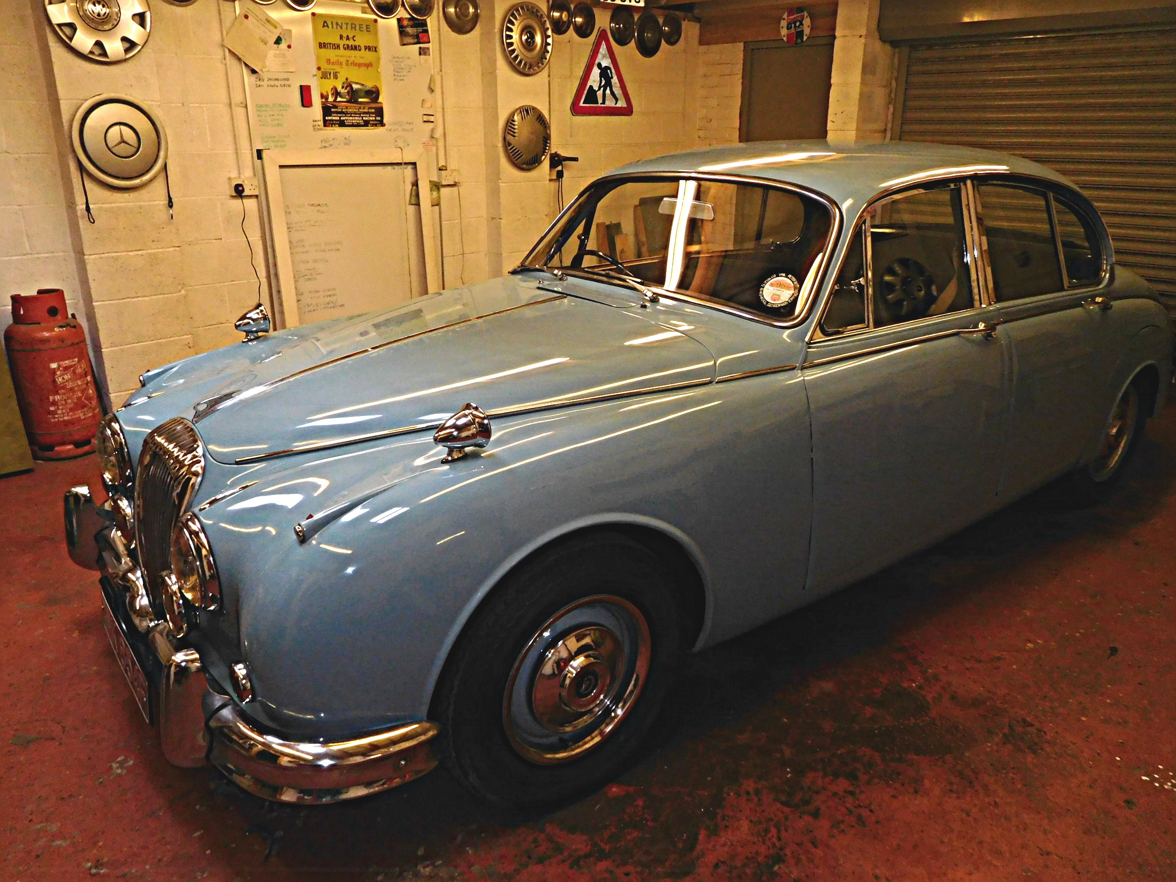 for mark and sedan overdrive pinterest pin sport sale sedans sports litre jaguar mkii