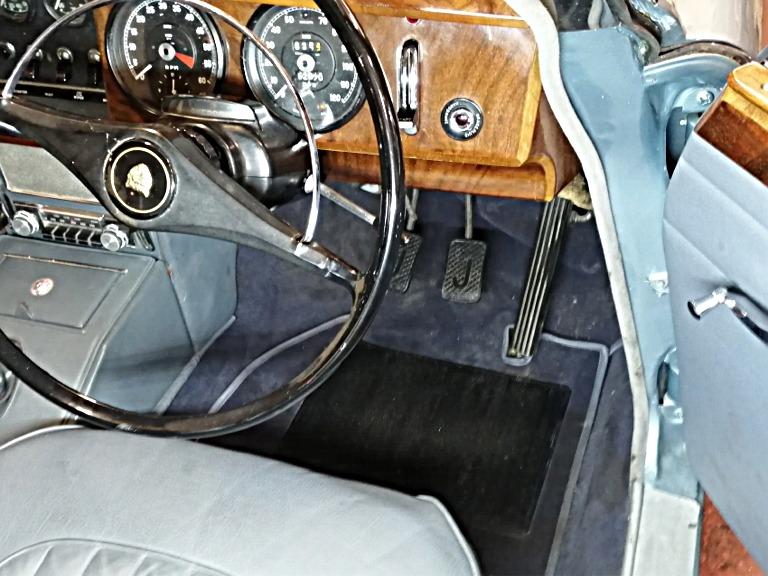 jag-blue-114