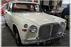 rover 3 ltr 1